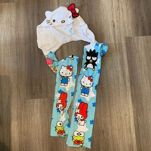 Hello Kitty - Loungefly Scarf - 50th Anniversary